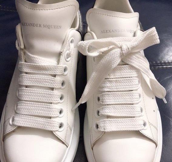 Alexander McQueen shoe lacing diagram